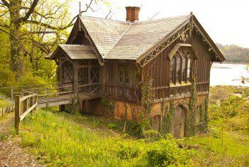 Historical Landmark Roslyn 5477524 orig